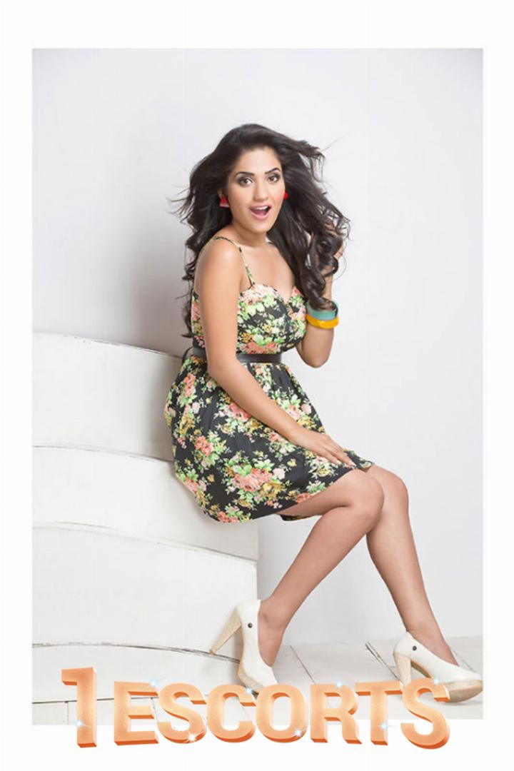 Nisha Indian Call Girl in  Qatar -4