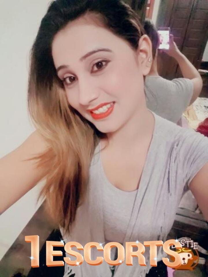 Alina Shah -1