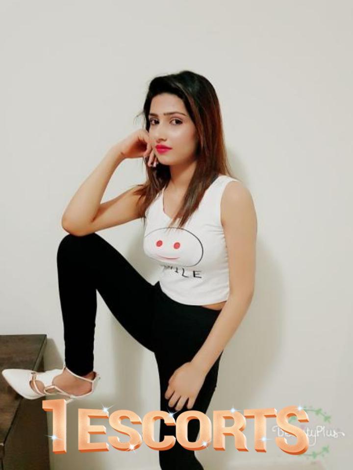 Alina Shah -2
