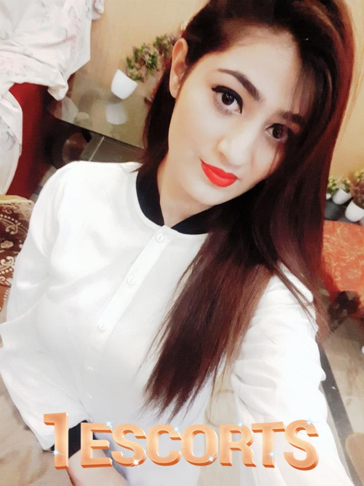 Hot Indian Call Girl in Doha -2