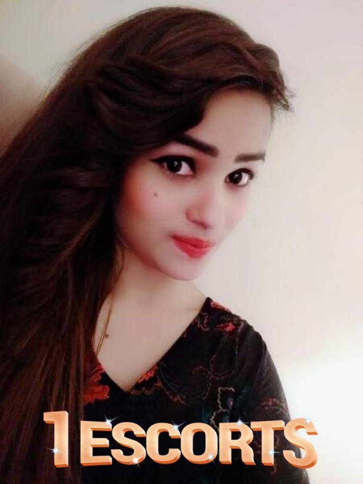 Anam Malik -3