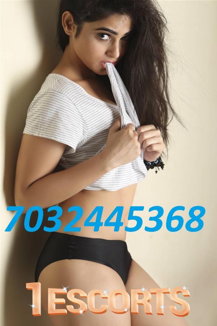 ⑦⓪③②④④⑤③⑥⑧ Escorts Hyderabad Call Girls -1