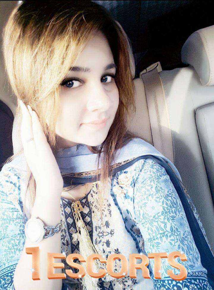 Rosie Shah -1