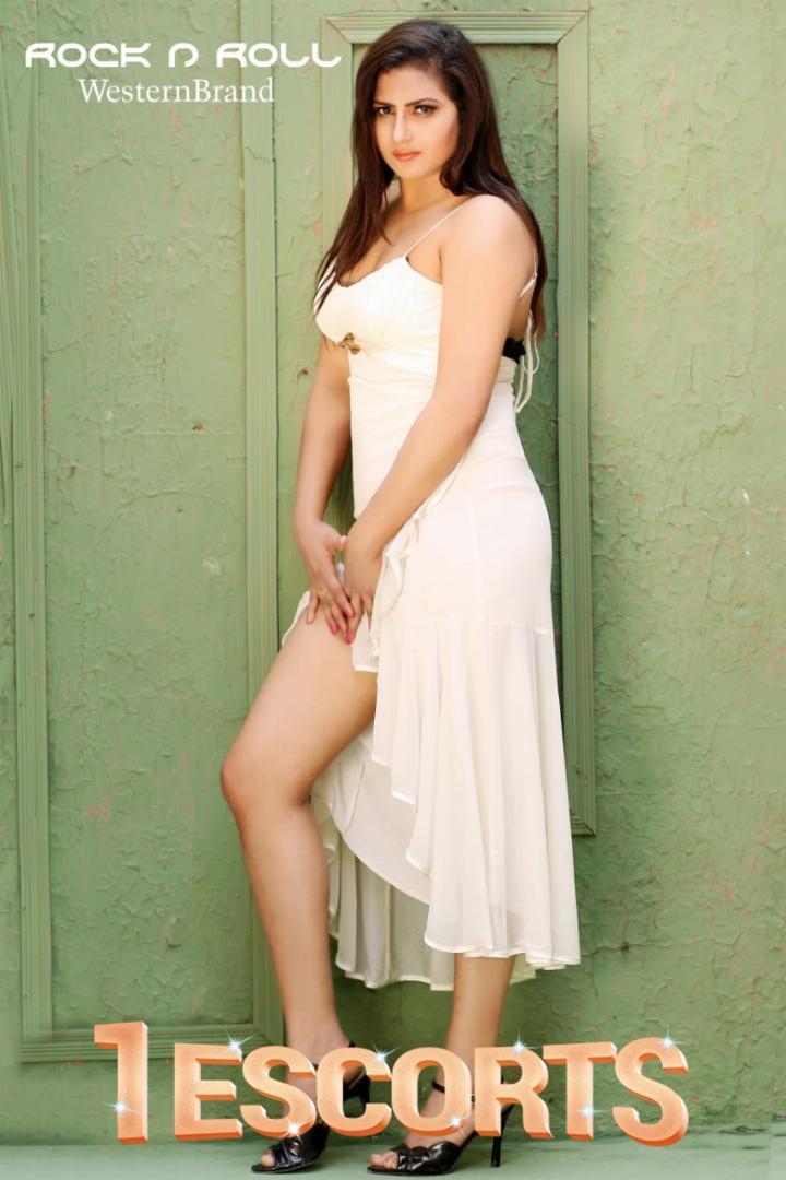 Hot Model Laila -5