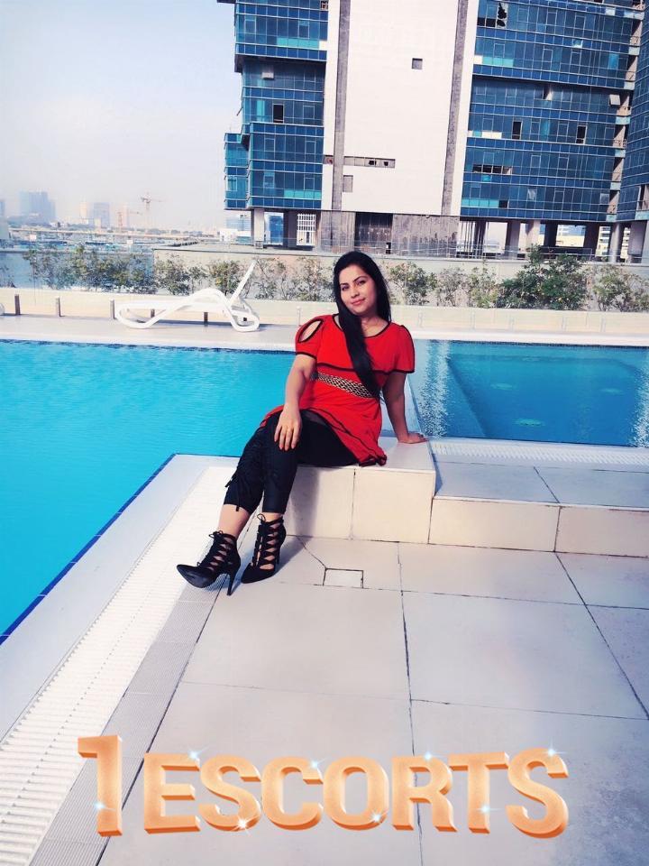 nisha Indian Escorts in Qatar  -4