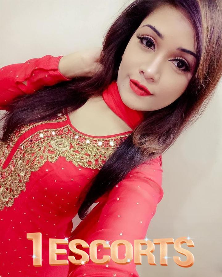 Huma Shah call girls -2