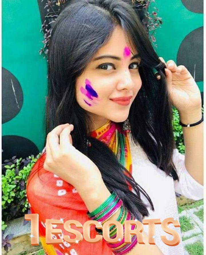 Anam Shah call girls -1