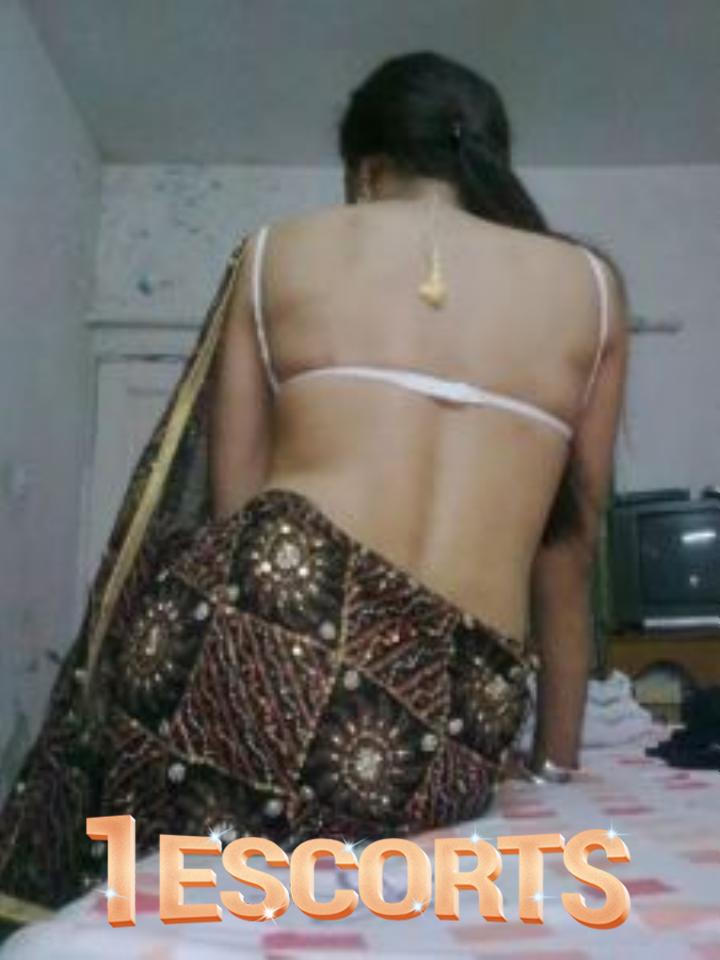 South North Independent Top Class Collage Girls In Bangalore Low Rate -1