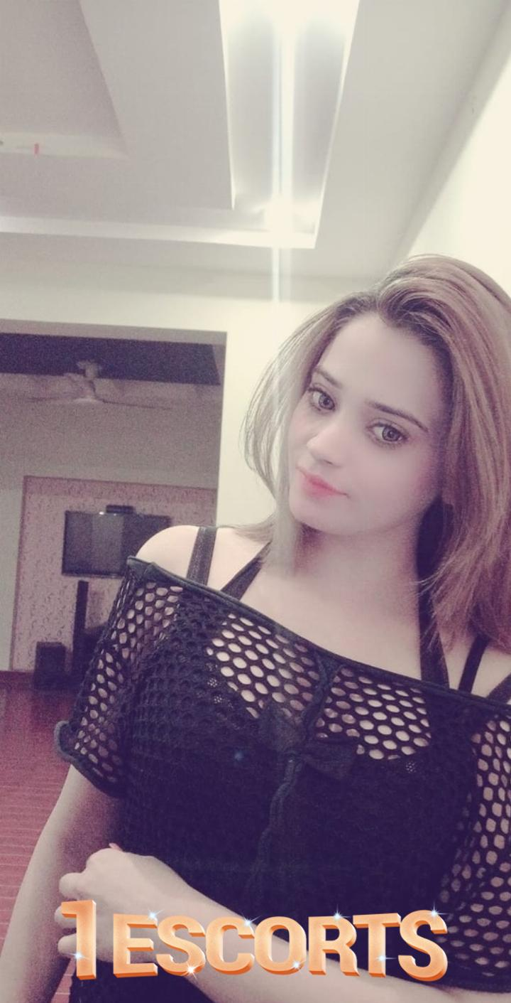 Sana Malik call girls in Dubai -2