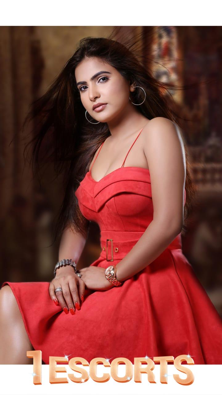 VIP Indian call girls in Singapore -2