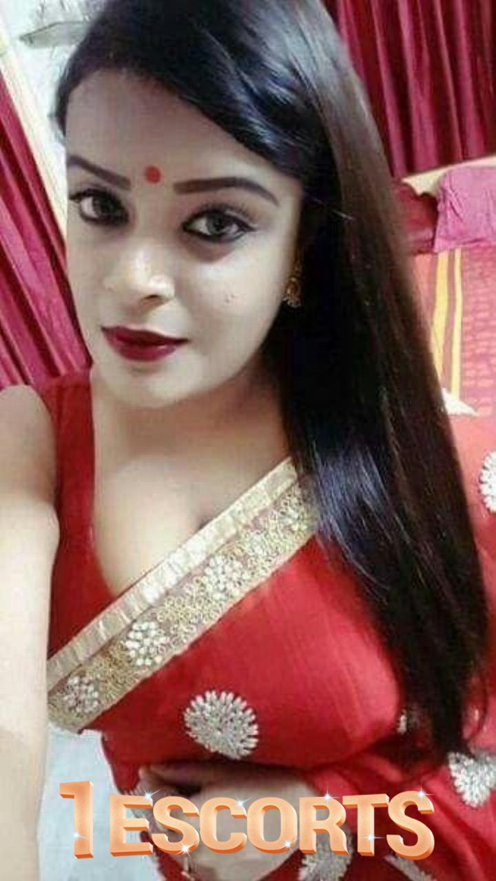 I AM INDIAN HOT CAM SEX LADY STAY HOME ENJOY  -1