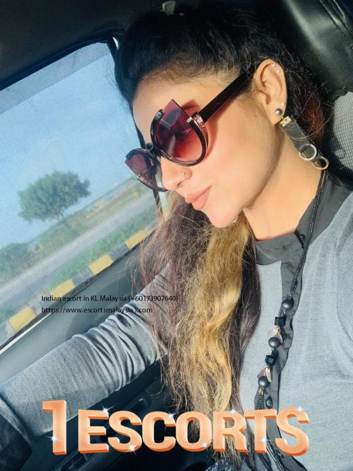 Aeiny Indian Escorts In KL -3