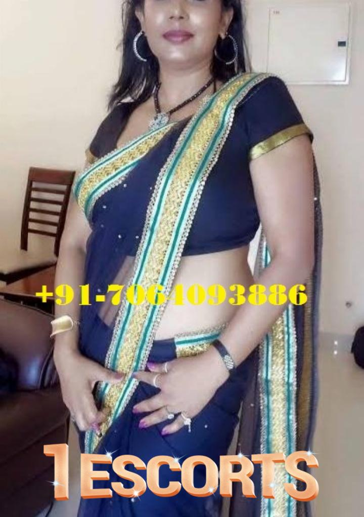 INDIAN CAM SEX BOOB SHOW WITH SEXY LADY ANKITA -1