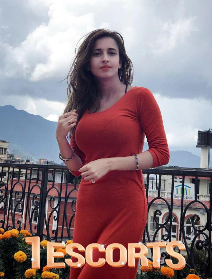 Royal Classical Female  Call Girls Escorts Services in Ghaziabad Call Me  Guys -1