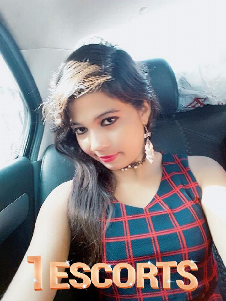 Female Sexy Beautiful Call Girls Escorts Services in Ghaziabad Call n Book Now -1