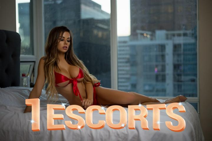 Escort Girl Real Pic -4