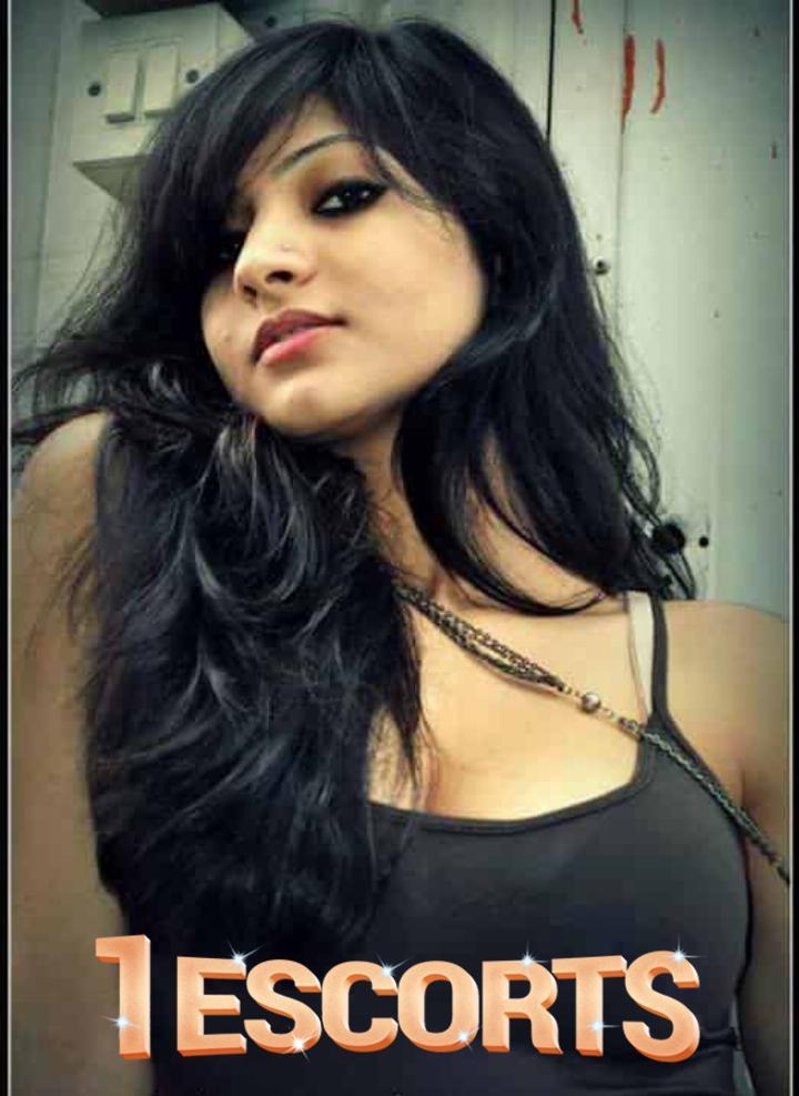 Nayra Singh  -1