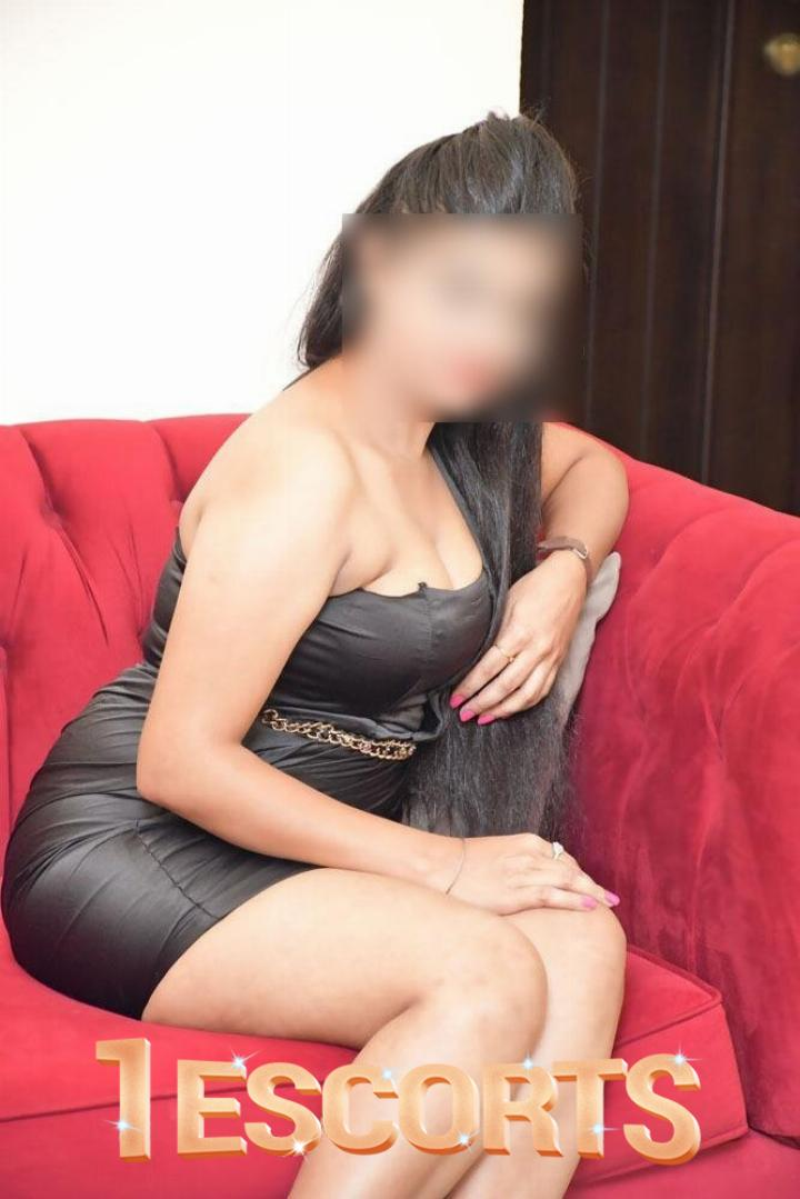 Adult Dating Escorts in Bahria Town  -1