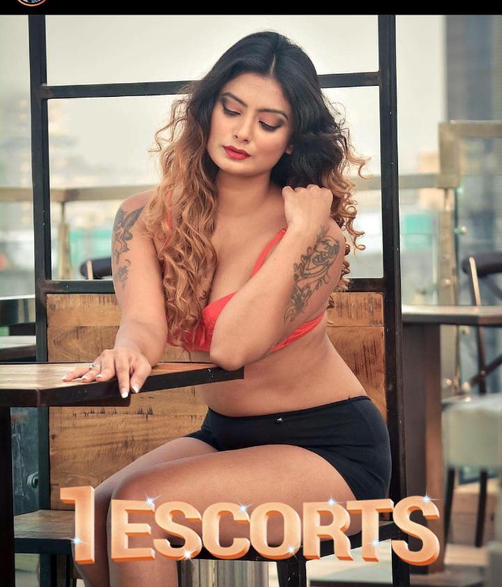 Grand seduction Priya Sharma female escort service -1
