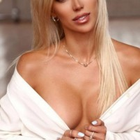 Poppy independent Brentwood Escorts