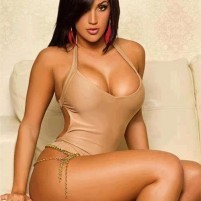 PRINCY -- BOOKING MOHALI---ESCORTS CALL GIRLS SERVICES