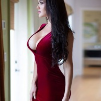 YASMIN The perfect selection of Vip Pune Escorts to full fill all your desires and fantasies