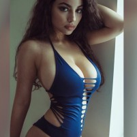 VIP High Class  Escorts Services In Paharganj