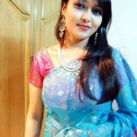 NUDE  VIDEO CALLING SERVICE WITH HOT INDIAN LADY KAVYA ALONE IN HOME