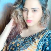 Aarti  khanna sexy