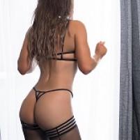 Sensuous Gabriela Gomez