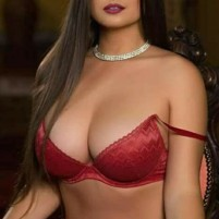 Kareena Hot Escorts in Dubai