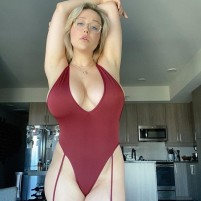 Leanne Sexy