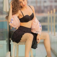 Maheen Karachi Call Girl +971527277170