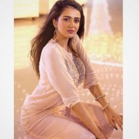 Delighted Indian Call Girls Dubai Available